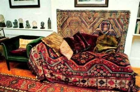 Sigmund Freud's couch unburdens itself to the public at Freud's   home and museum in Hampstead.